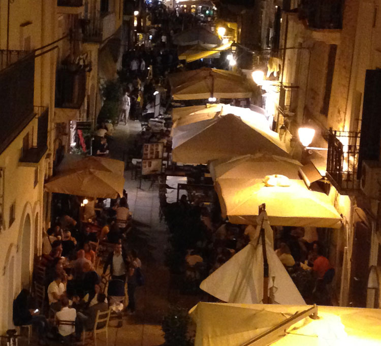 Dining out in Bari, Italy on a warm August night